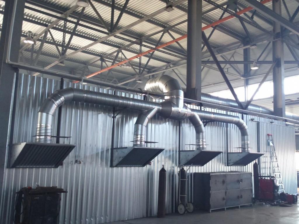 Монтаж панелей равномерного всасывания в СПб для вентиляции гальванических производств